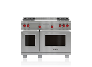 "Wolf Legacy Model - 48"" Dual Fuel Range - 4 Burners and French Top DF484F"