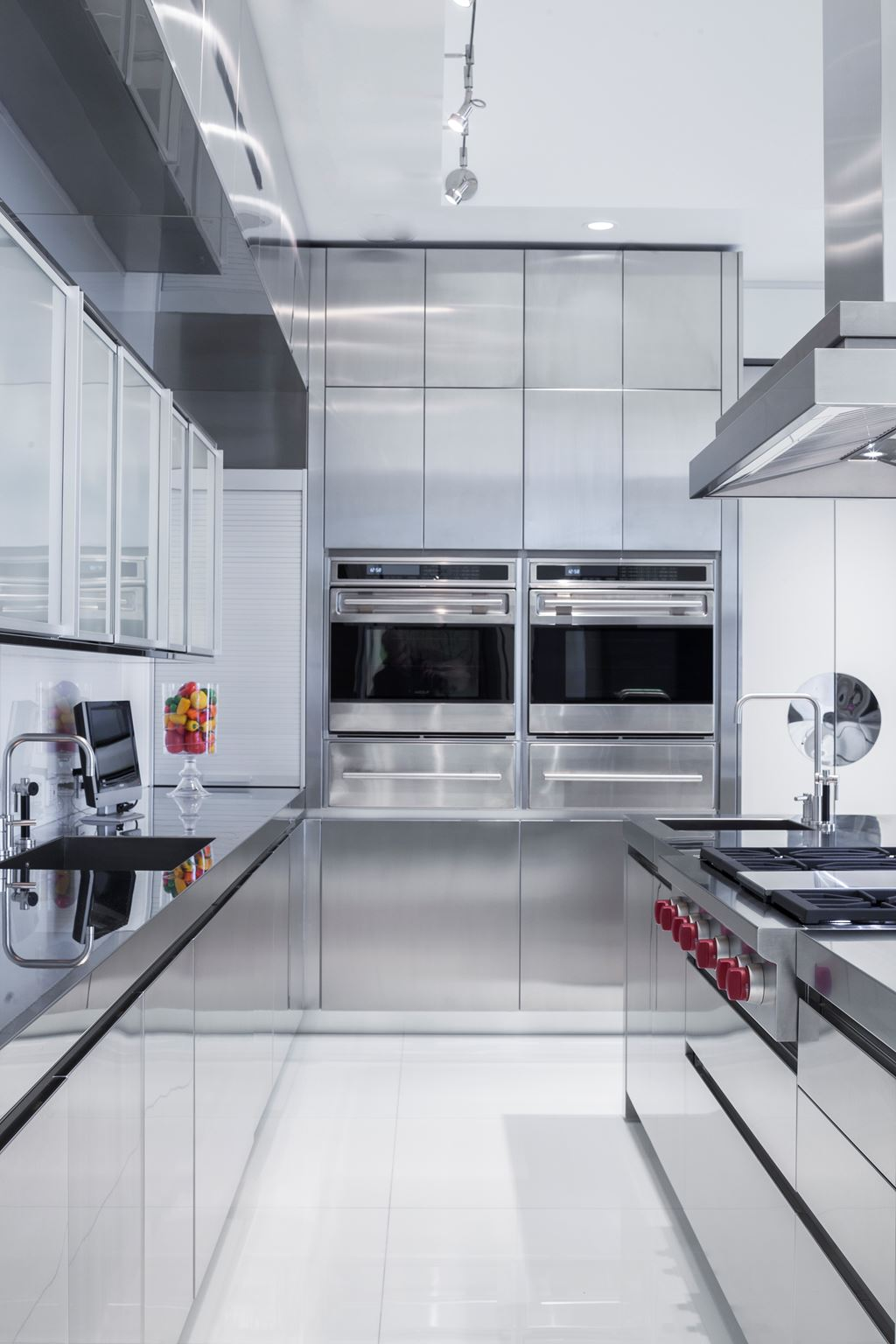 how to design a commercial kitchen bay road kitchen sub zero wolf and cove kitchens 8610