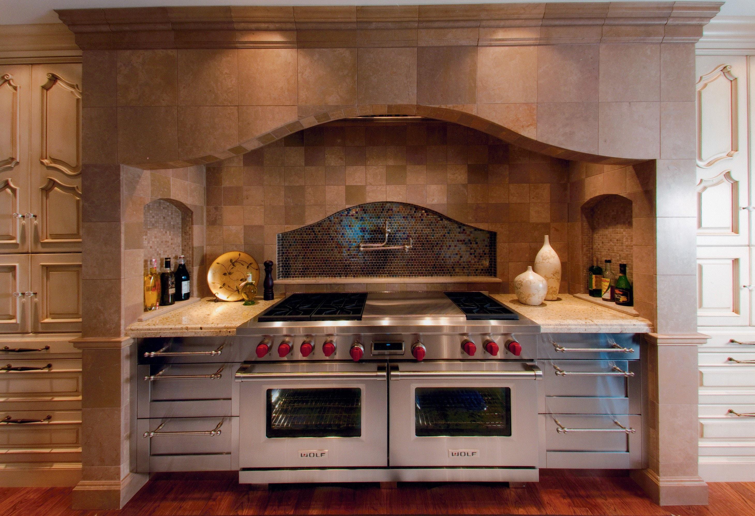 wolf stove kitchen stainless steel backsplash belle maison subzero wolf and cove kitchens