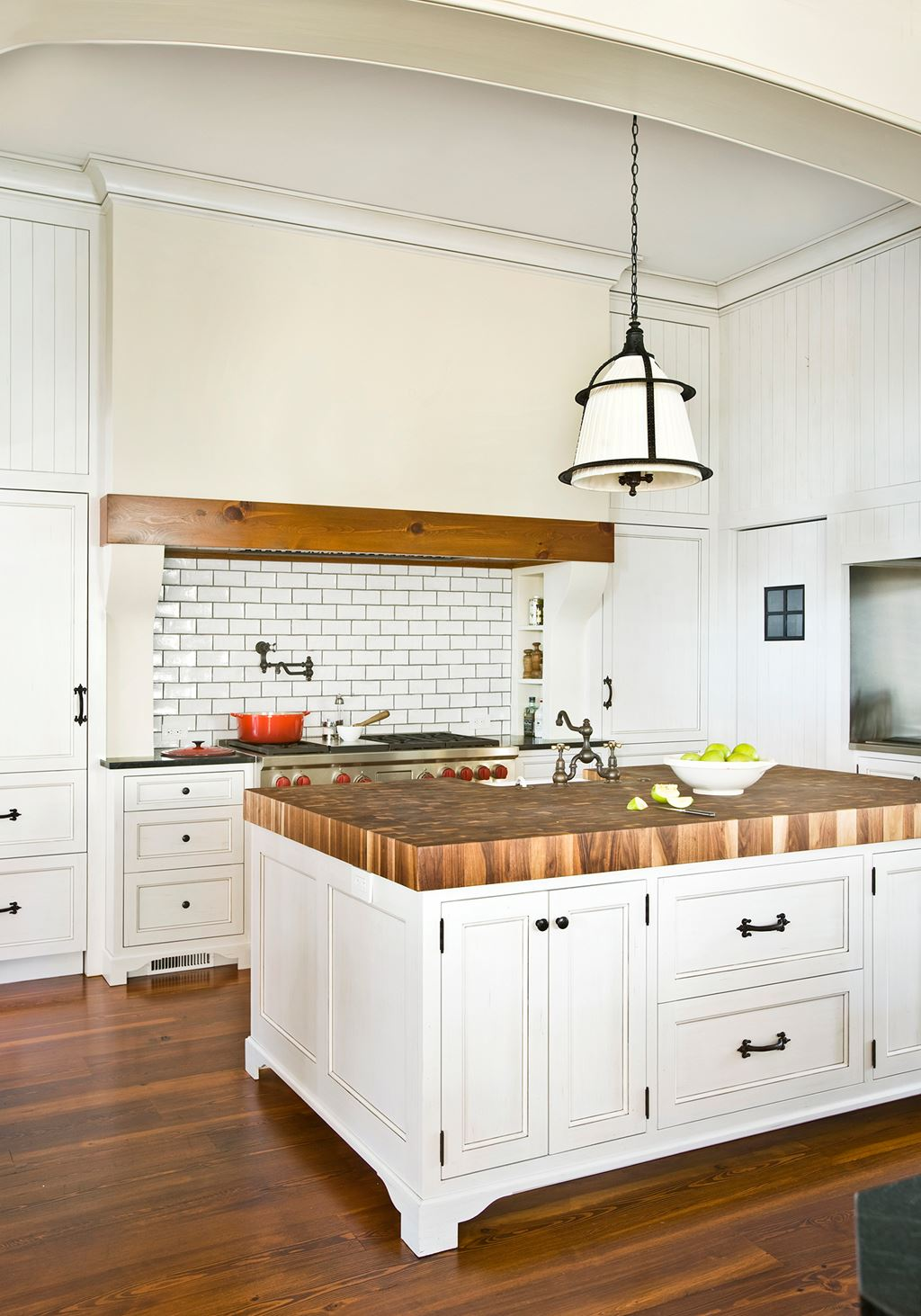 Traditional Kitchen | Sub-Zero, Wolf, and Cove Kitchens