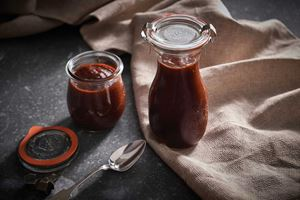 Raspberry Chipotle Barbecue Sauce