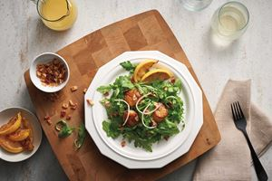 Seared Scallops and Arugula Salad with Apricot Glaze