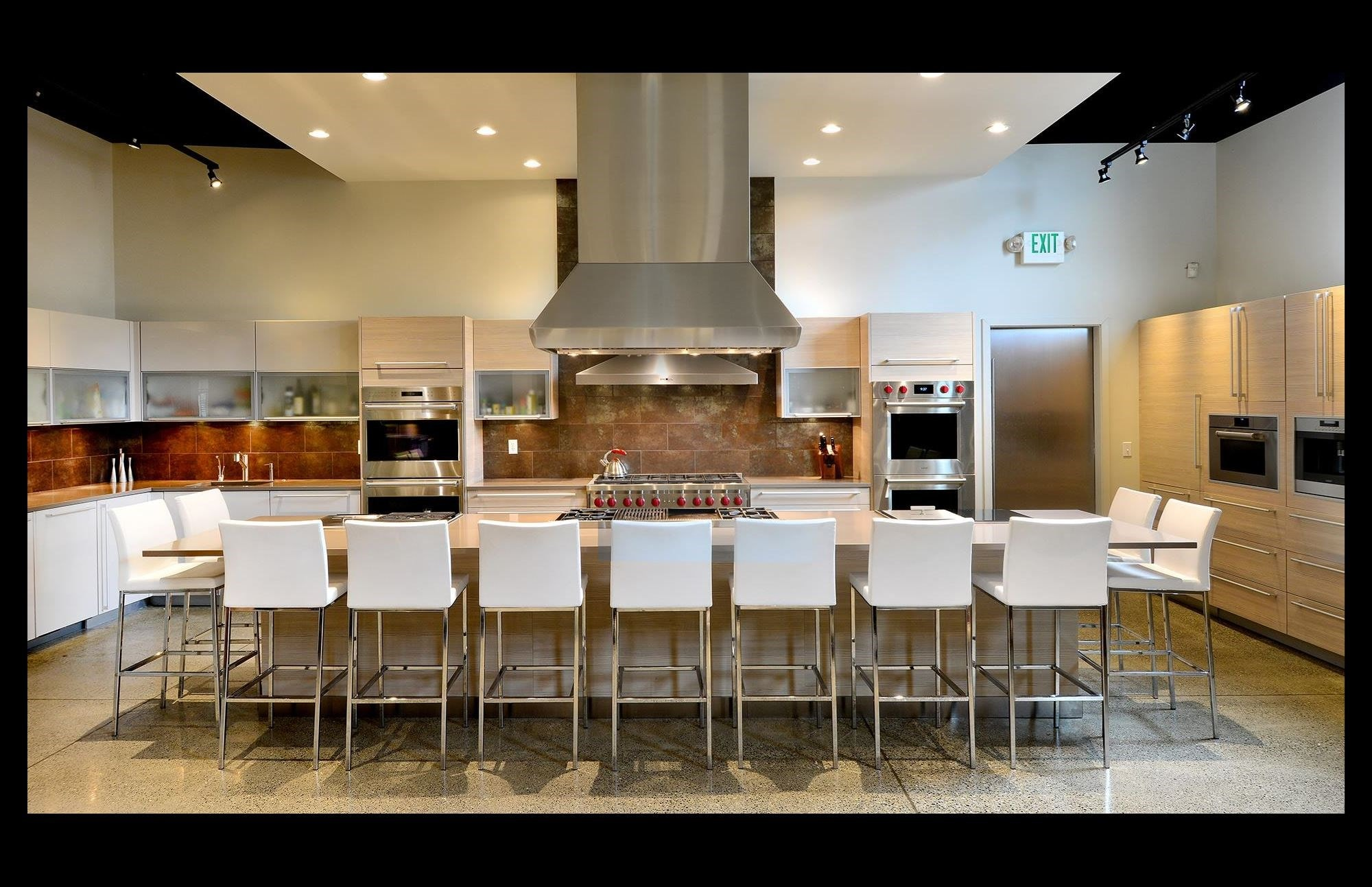 From personalized private consultation to demonstration, explore your kitchen at Sub-Zero, Wolf and Cove Showroom in Seattle, Washington