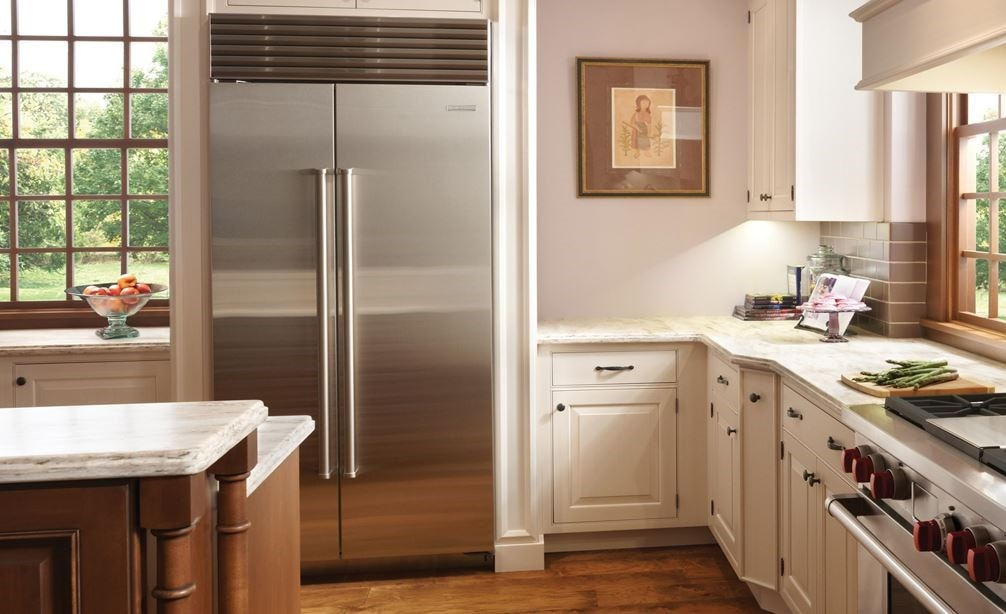 "Sub-Zero 36"" Classic Stainless Side by Side Refrigerator Freezer (BI-36S/S) and Wolf 36"" Dual Fuel Range (DF364G)"