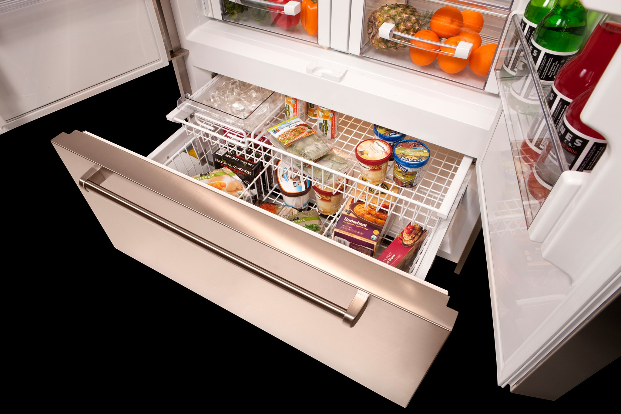 BI-42UFD_Freezer_Drawer_Close_Up