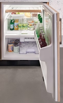 "Sub-Zero Refrigerators 24"" Undercounter Refrigerator/Freezer - Ice Maker - Panel Ready (UC-24CI)"