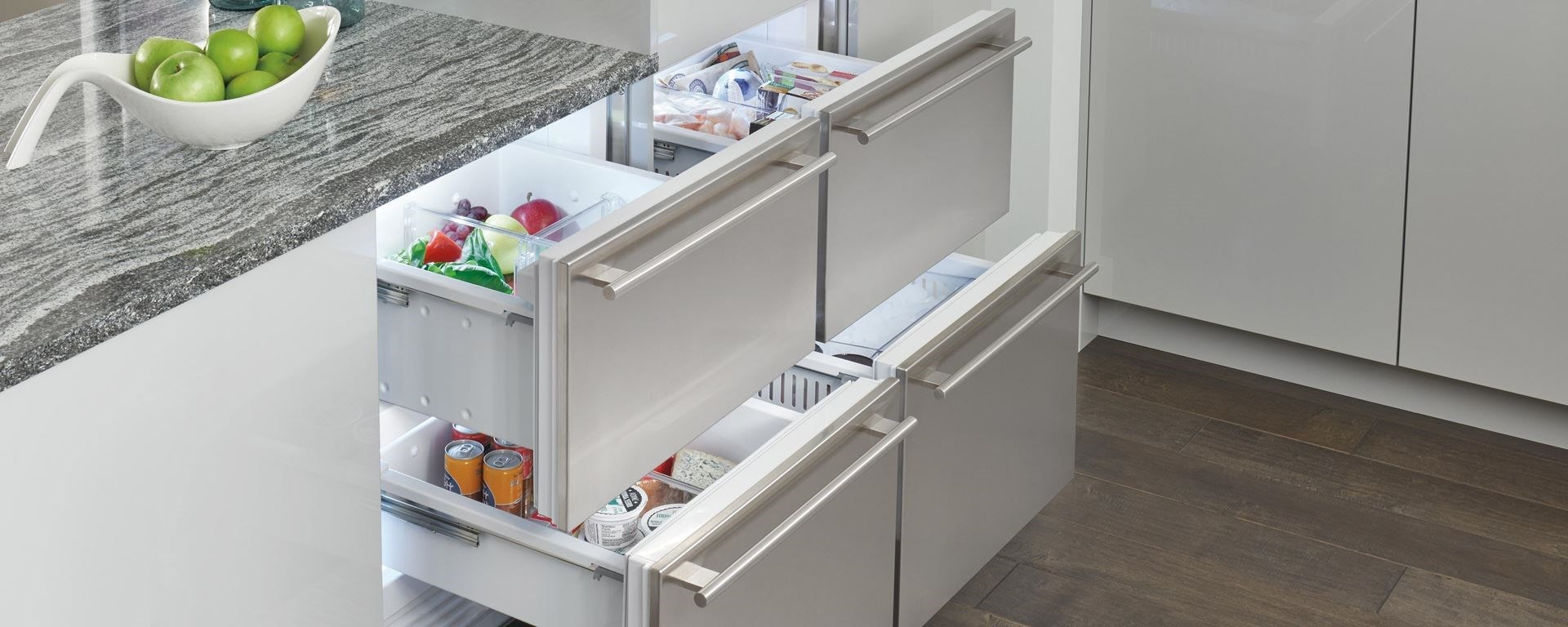 Sub-Zero refrigerator drawers and freezer drawers with custom panels