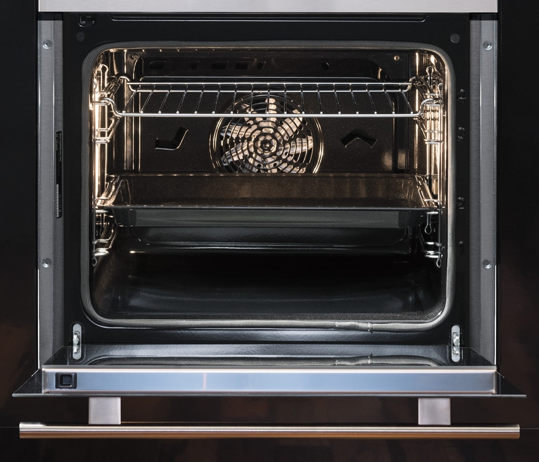 "Wolf Appliances 24"" E Series Transitional Classic Single Oven (SO24TE/S/TH)"