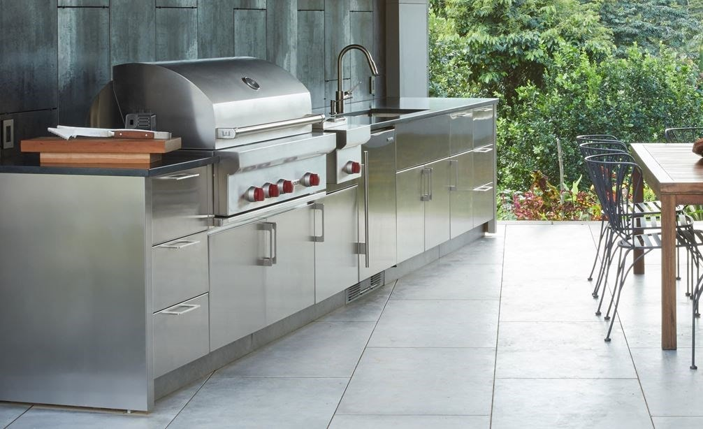 "The Wolf 13"" Built-In Burner Module (BM13) is the perfect companion for the Wolf 42"" Outdoor Gas Grill (OG42)"