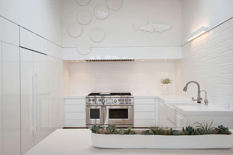 Stinson Beach Kitchen | Sub-Zero, Wolf, and Cove Kitchens