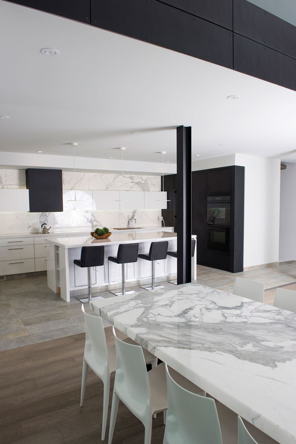 Hide and Seek | Sub-Zero, Wolf, and Cove Kitchens