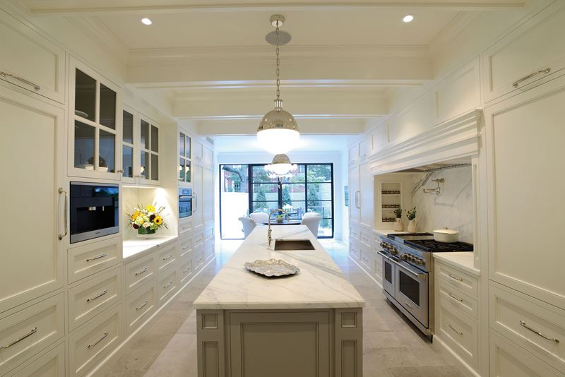 Chelsea Townhouse | Sub-Zero, Wolf, and Cove Kitchens