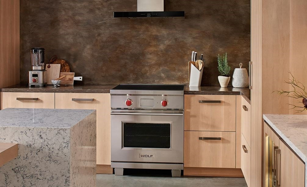 "The Wolf 30"" Transitional Induction Range (IR304TE/S/TH) with Wolf 24"" E Series Transitional Convection Steam Oven (CSO24TE/S/TH)"