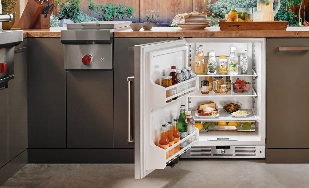 Sub Zero Outdoor Undercounter Refrigerator Stainless Door