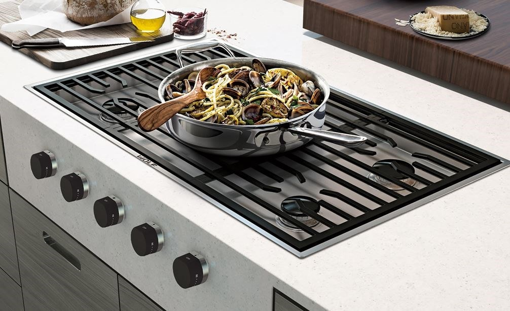 "Wolf 36"" Contemporary Gas Cooktop 5 Burner (CG365C/S) blends effortlessly with scenic views and streamline kitchen design"