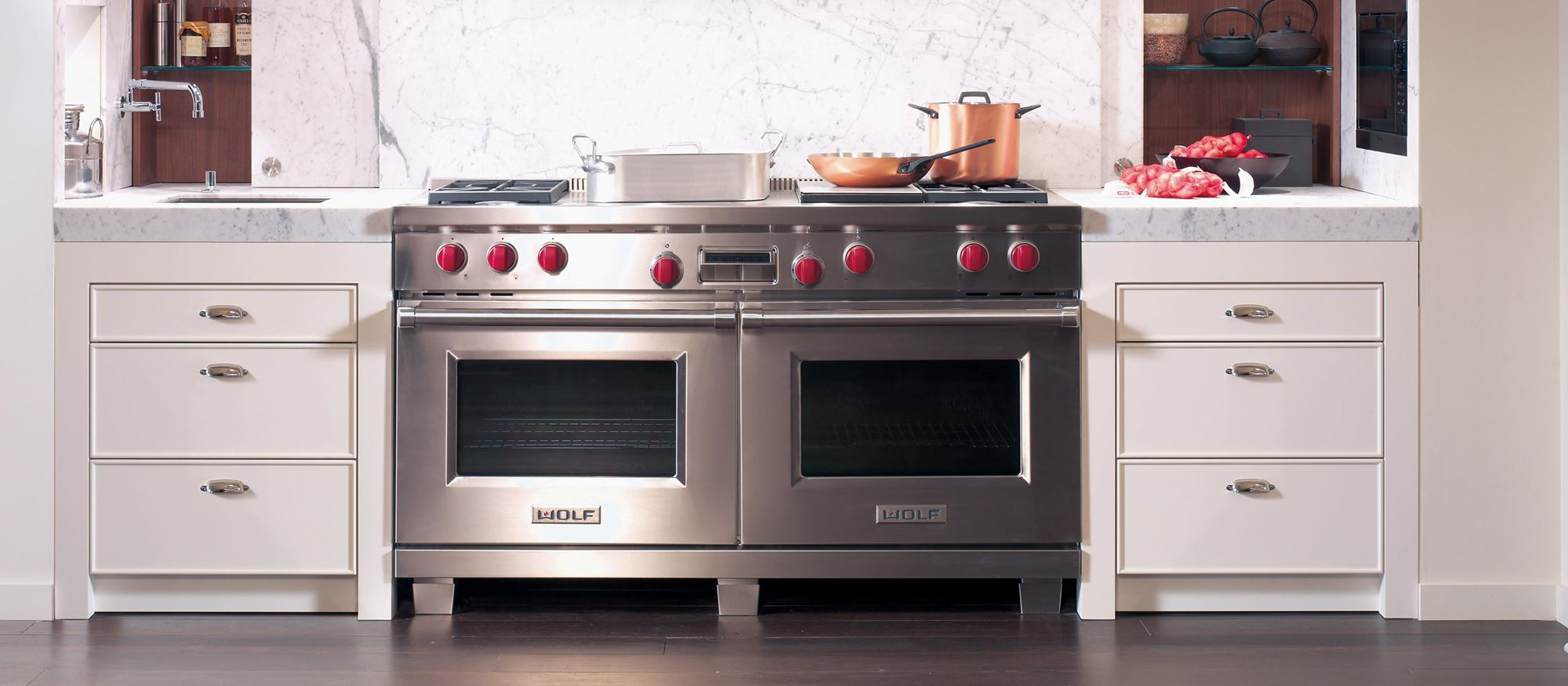 "Wolf 60"" Dual Fuel Range 4 Burner Infrared Charbroiler French Top (DF604CF)"