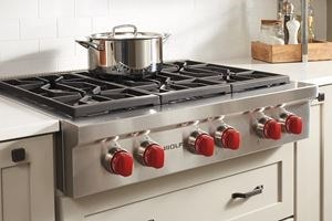 "Wolf 36"" Sealed Burner Rangetop with 6 Burners (SRT366)"