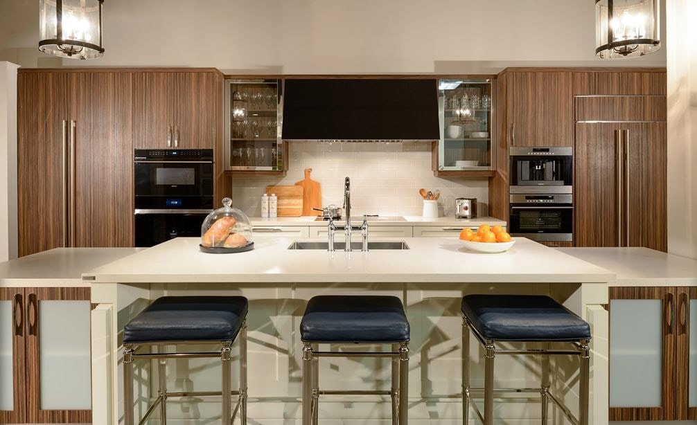 See a wide variety of kitchen settings displayed in a variety of styles at the Sub-Zero, Wolf and Cove Showroom in Scottsdale, Arizona