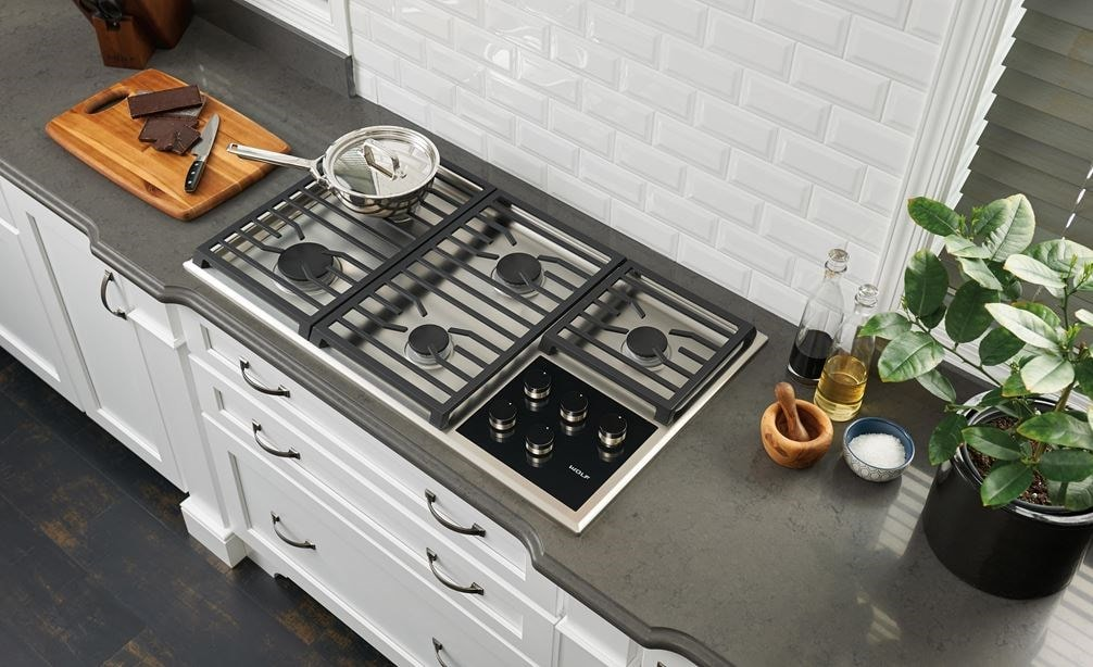 Wolf 36 Quot Transitional Gas Cooktop 5 Burners Cg365t S