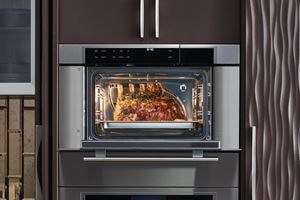Wolf Convection Steam Ovens are engineered with cutting edge climate sensor technology ensuring guesswork free flavorful results