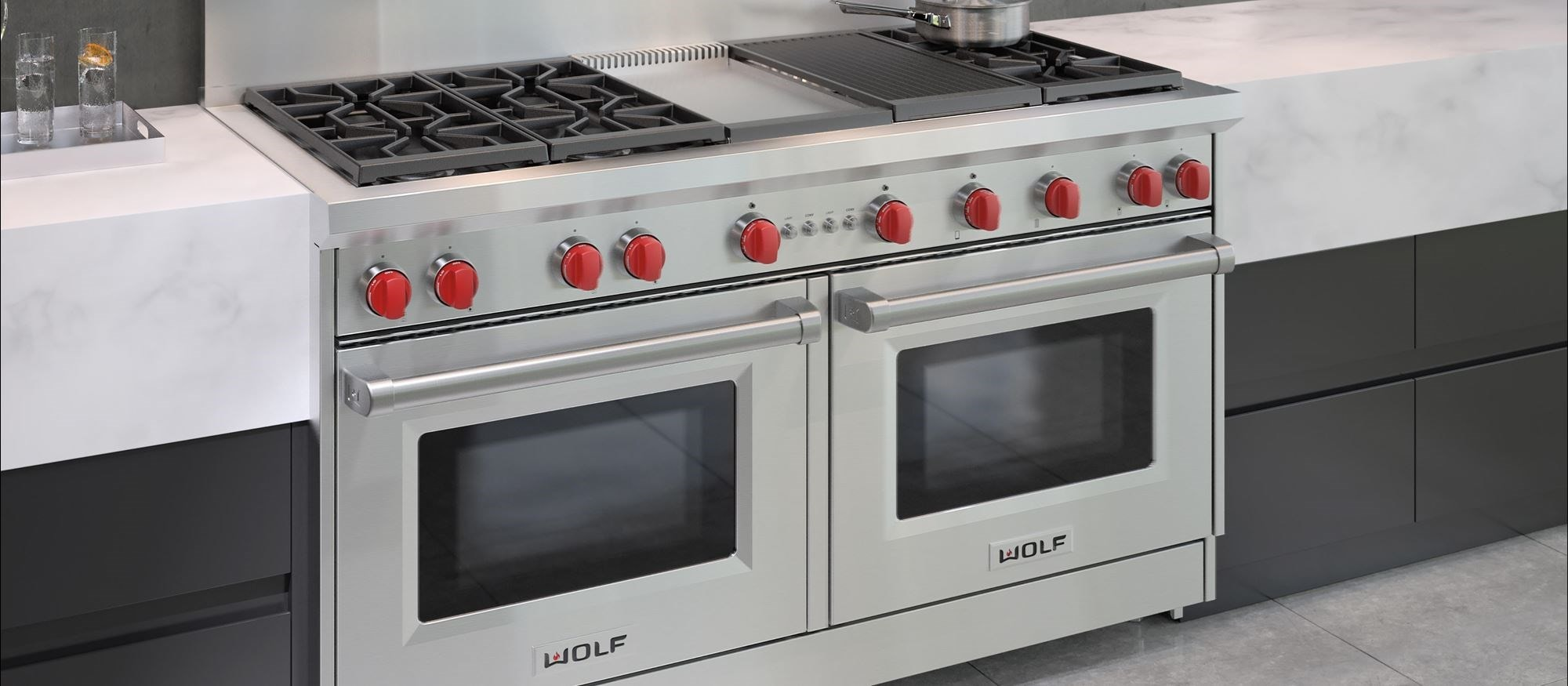 "60"" Gas Range 6 Burners Infrared Charbroiler and Infrared Griddle (GR606CG) Wolf Rangetop"