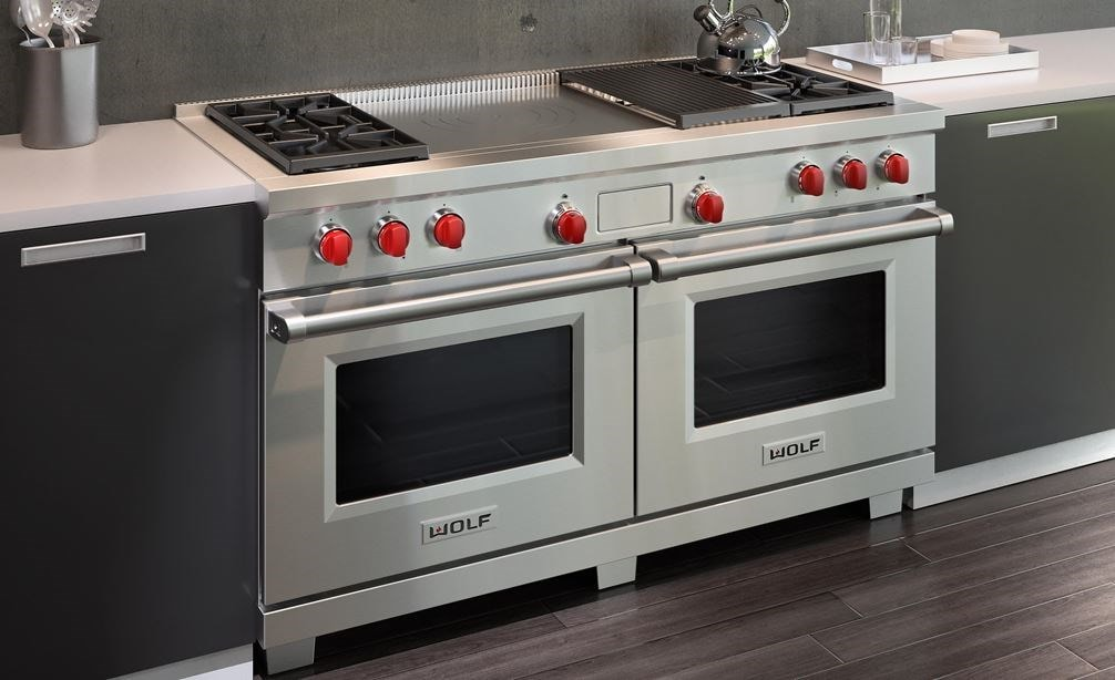 "The Wolf 60"" Dual Fuel Range 4 Burner Infrared Charbroiler French Top (DF604CF) visually satisfies when used with deep toned kitchen design"