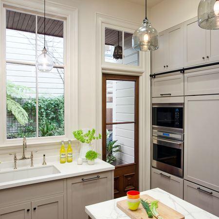 Built in refrigeration bi 30u o sub zero wolf for Kitchen back door with window