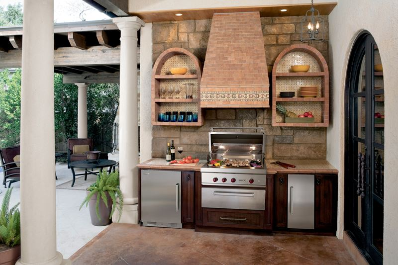 Hacienda heaven kitchen gallery sub zero wolf appliances for Spanish style outdoor kitchen