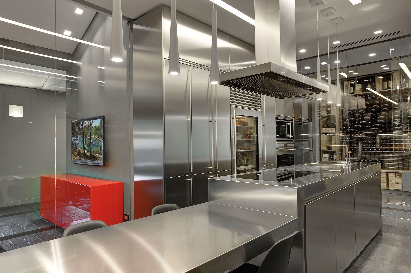 Attico spagnotto kitchen gallery sub zero wolf appliances - Kitchen design competition ...